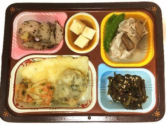 魚介天ぷらと野菜のかき揚げ