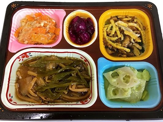 青椒肉絲(チンジャオロウスー)の実食レビュー